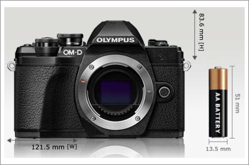 OM-D E-M10 MarkIIIサイズ感