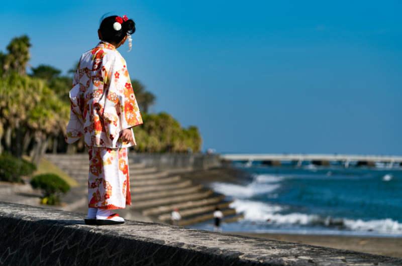 青島神社はスピリチュアルポイント!鬼の洗濯岩に囲まれた島