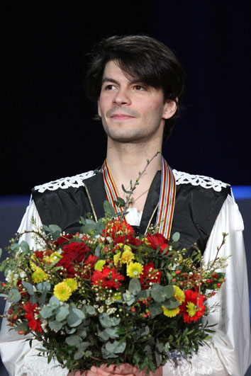 Lambiel_at_the_2010_European_Championships