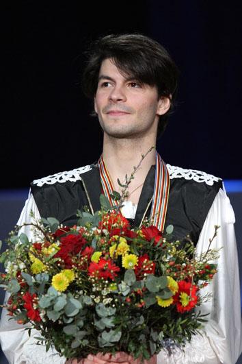 Lambiel_at_the_2010_European_Championships
